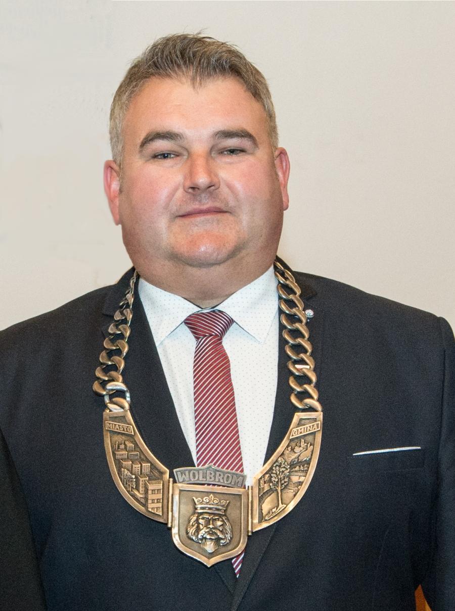 Radni z klubu PiS złożyli wniosek o odwołanie przewodniczącego Rady Miejskiej w Wolbromiu