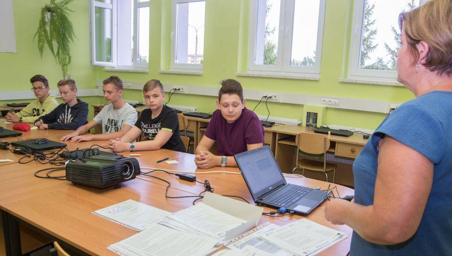 W Wolbromiu ruszył projekt skierowany do zdolnych uczniów