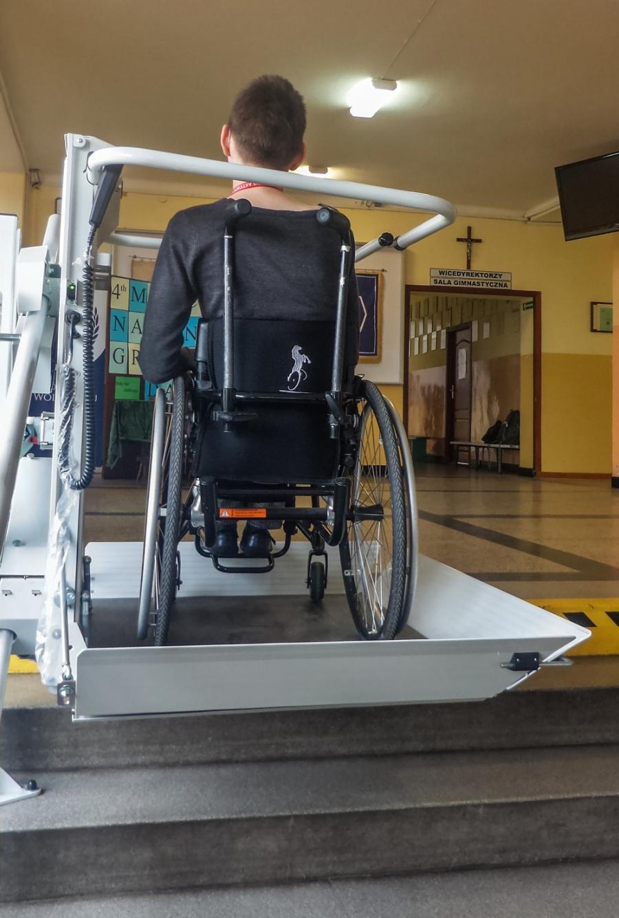 Zespół Szkół w Wolbromiu w pełni dostępny dla osób niepełnosprawnych