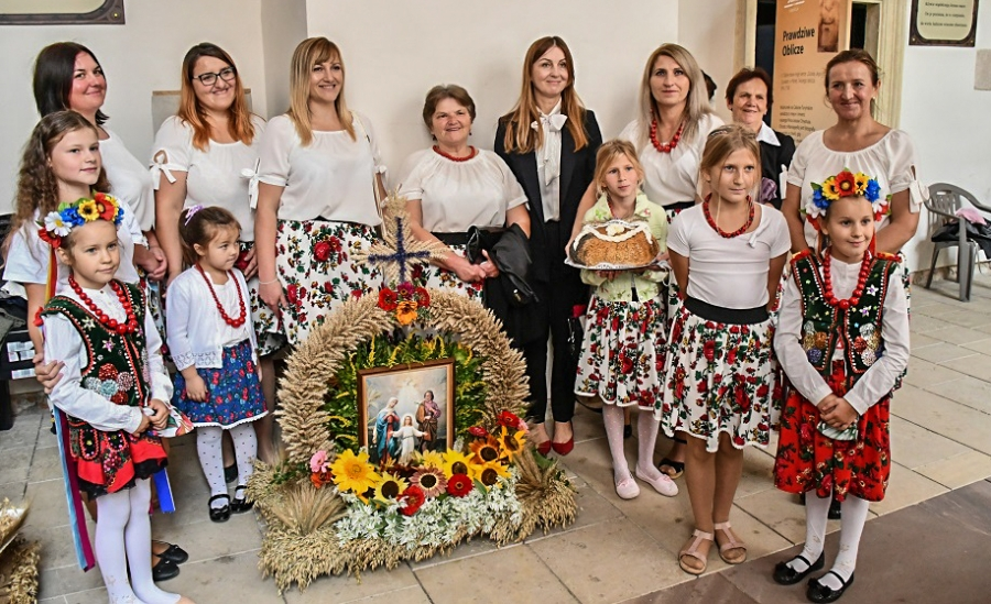 Dożynkowe Święto Powiatu Miechowskiego