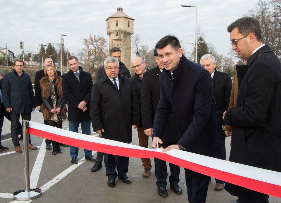 Otwarcie parkingu Park&Ride przy dworcu PKP w Miechowie