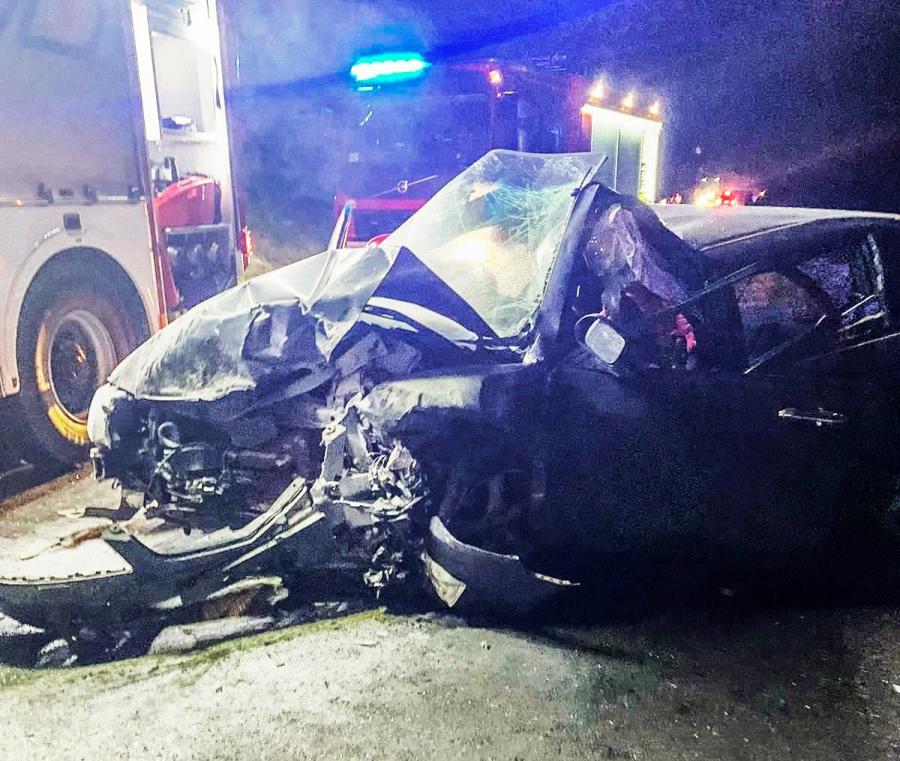 Wypadek drogowy na Pazurku. 21-latek nie miał uprawnień