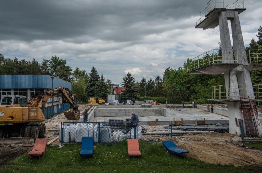 Wolbromski basen zmienia oblicze