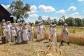 Plenerowe widowisko obrzędowe w Sulisławicach – STAROPOLSKIE ŻNIWA MAŁOPOLSKIE